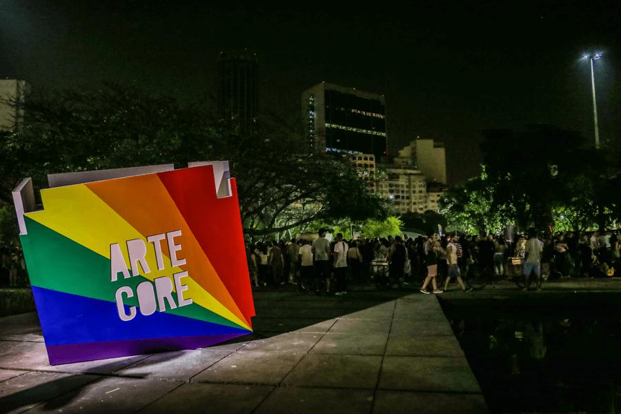 Rentcon: Aluguel de container para Arte Core 2017